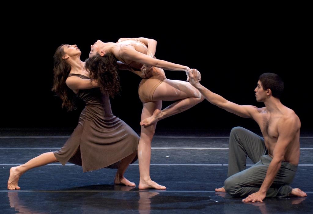 bailarines de ballet con ereccion